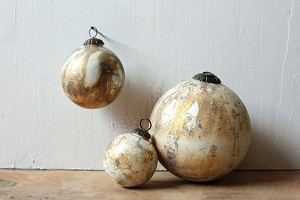6' Round Glass Ornament Cream and Copper Finish